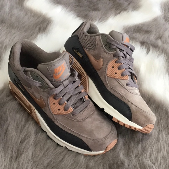 nike air max 90 leather rose gold